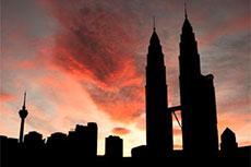 Malaysia takes advantage of falling global prices